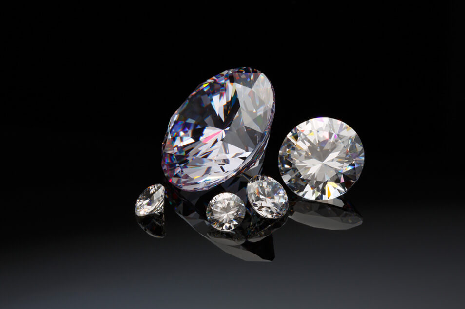 ダイヤモンドの査定は難しい?買取は信用できる専門店に依頼!
