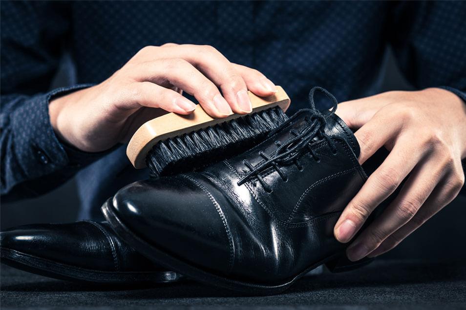 難しくない!今日からできる革靴のお手入れ方法