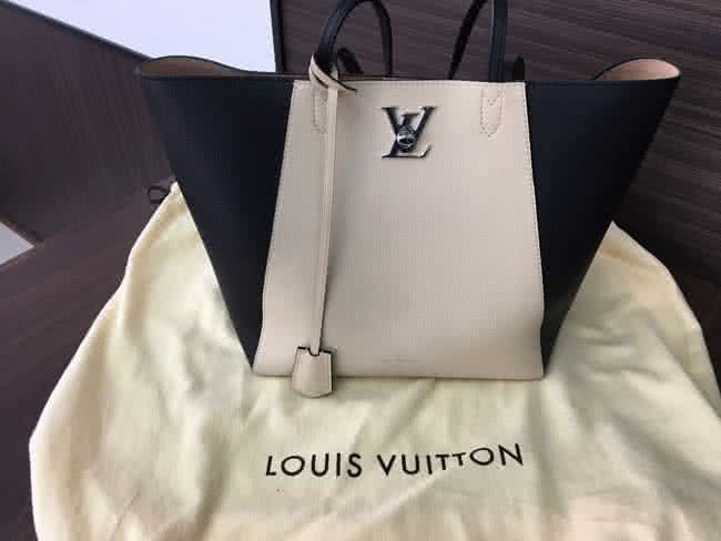 ルイヴィトン・ロックミーカバのバッグを買取|三河|安城店