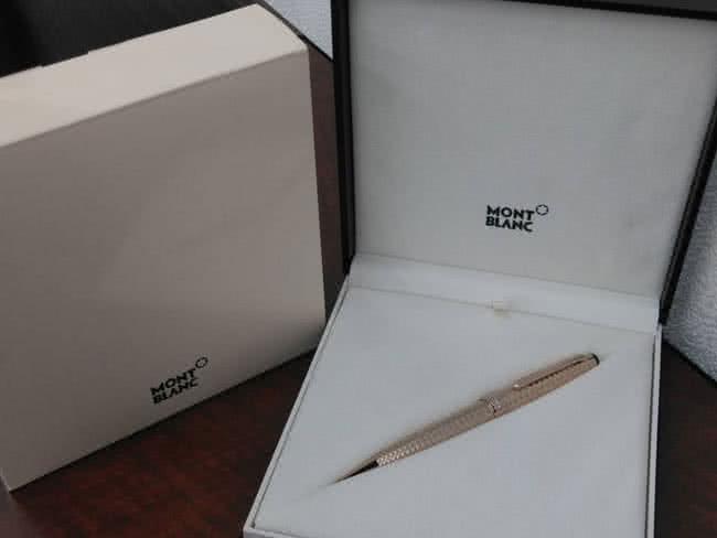 モンブラン・マイスターシュテック・ジオメトリーのボールペンを買取|名古屋|名古屋藤が丘店
