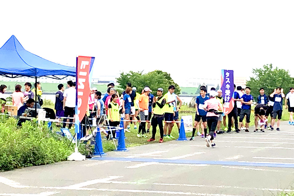 マラソン大会の運営ボランティア