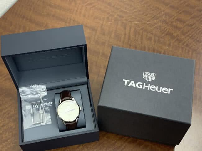 タグホイヤー・WAR201B-1・RTH5847の腕時計を買取 川口 わらび店