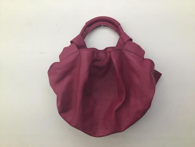 ロエベ・ナッパアイレ・レザーのハンドバッグを買取|川口|西川口店