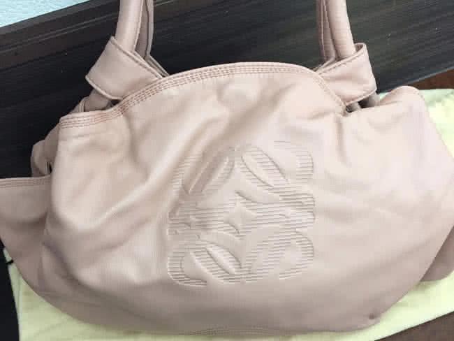 ロエベ・ナッパアイレのハンドバッグを買取|名古屋|名古屋藤が丘店