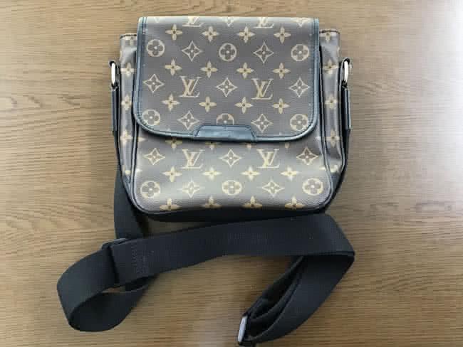 ルイヴィトン・マカサー・バスPMのバッグを買取 大阪 曽根店