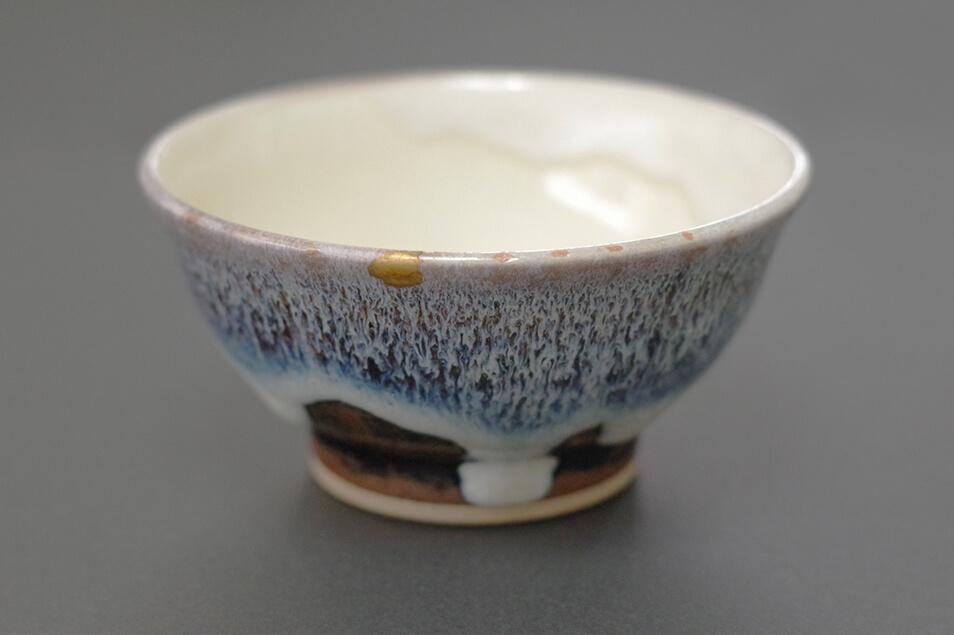 欠けた食器が復活!日本の伝統技術「金継ぎ」で物を大切にする暮らし