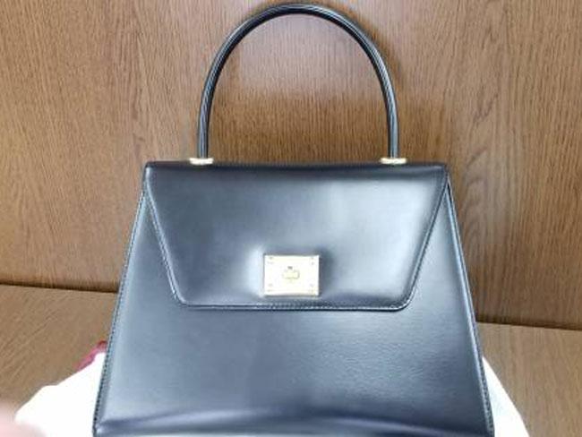 バリー・ハンドバッグを買取|大阪|箕面店