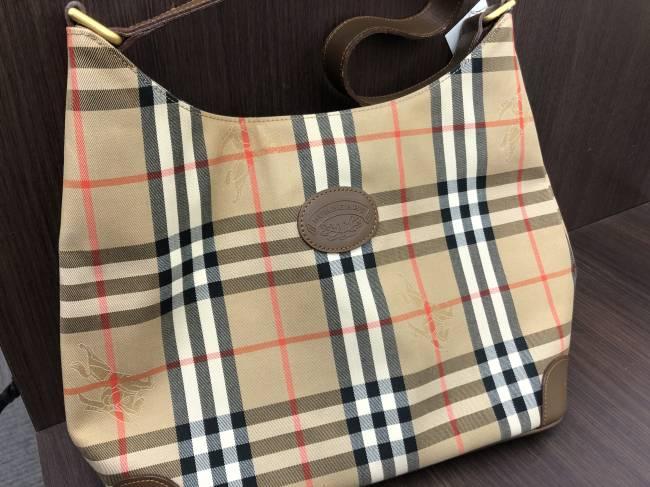 バーバリー・チェック柄・ワンショルダーバッグを買取|名古屋|名古屋西店