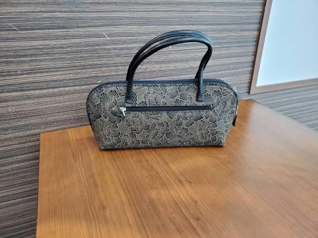 印傳・ハンドバッグを買取 岡崎 東岡崎店