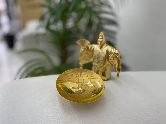 金杯を買取 神戸 西宮店