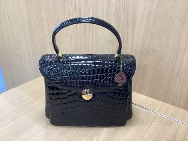 JRA・クロコ・ハンドバッグを買取 奈良 学園前登美ヶ丘店