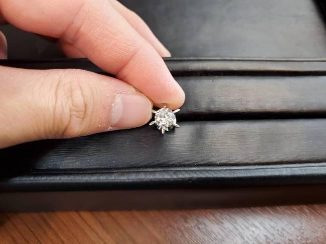 pt900 ダイヤモンド・ダイヤ付ピンブローチを買取|岡崎|東岡崎店