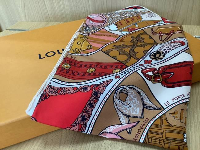 ルイヴィトン・スカーフ・15000を買取|奈良|学園前登美ヶ丘店