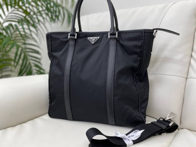 プラダ・2WAYバッグを買取|神戸|西宮店