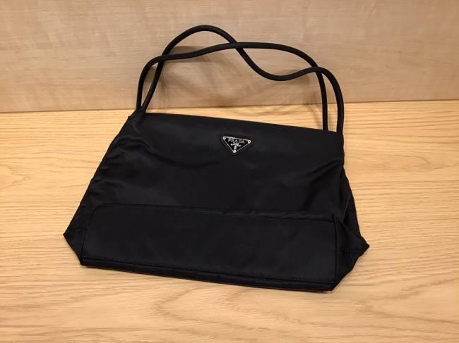 プラダ・ナイロン・トートバッグを買取|名古屋|ららぽーと名古屋みなとアクルス店