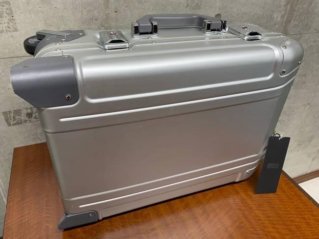 ZERO HALLIBURTON・スーツケースを買取 神戸 兵庫店
