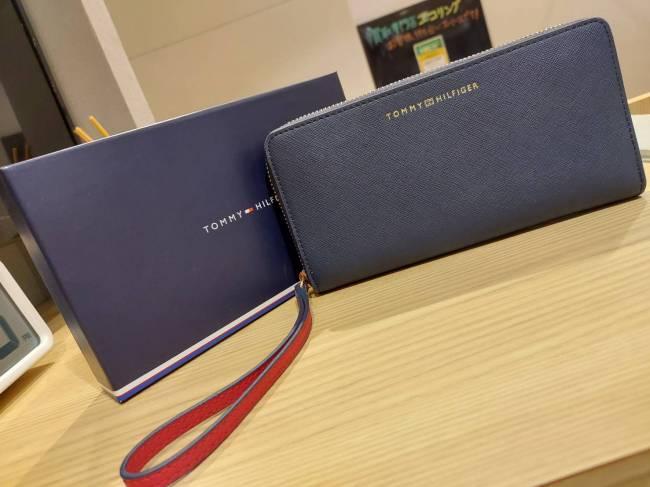 トミーヒルフィガー・レザー・ラウンド財布を買取|東京・台東区|上野マルイ店