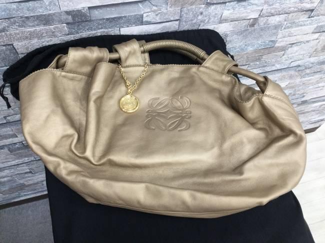 ロエベ・レザーハンドバッグを買取 大阪 リノアス八尾店
