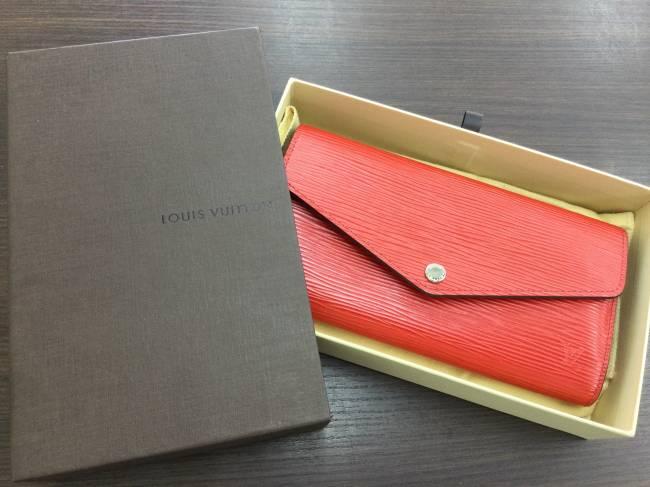 ルイヴィトン・ポルトフォイユ・サラ・エピ・財布を買取|東京|葛西店