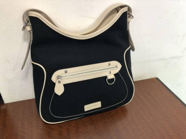 バーバリー・キャンバスセミショルダーバッグを買取|横浜|横浜センター南店
