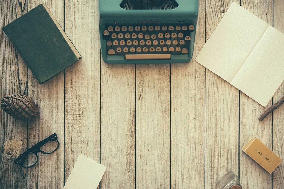 文房具も脱プラスチックの時代!クリアファイルも紙製で環境配慮