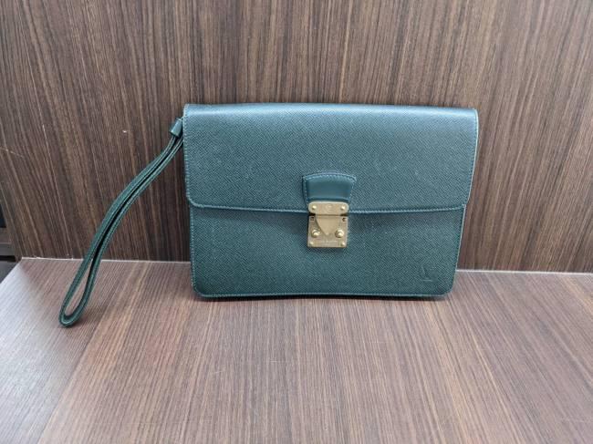 ルイヴィトン・タイガ・クラッチバッグを買取|名古屋|名古屋平針店