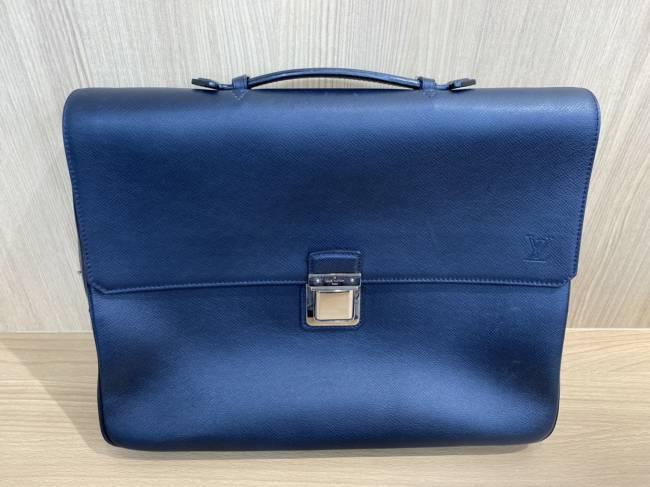 ルイヴィトン・タイガ・ヴァシリPM・ショルダー欠品・M32641を買取 豊田 豊田下市場店