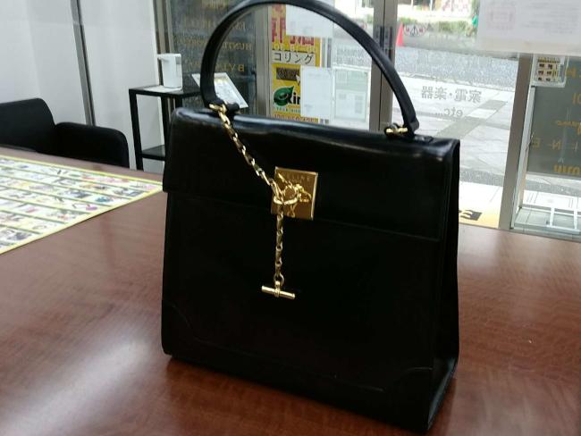 セリーヌ・チェーン付・ハンドバッグを買取|横浜|横浜センター北店