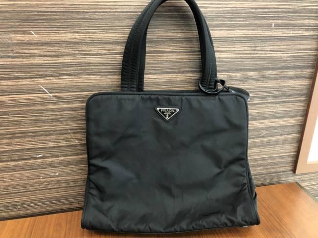 プラダ・ナイロンハンドバッグを買取 岡崎 東岡崎店