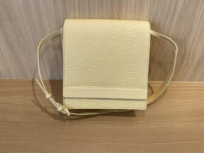 ルイヴィトン・エピ・ビアリッツ・M5293Bを買取 豊田 豊田下市場店