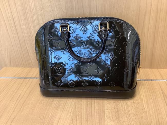 ルイヴィトン・ヴェルニ・アルマ・M90061を買取|奈良|学園前登美ヶ丘店