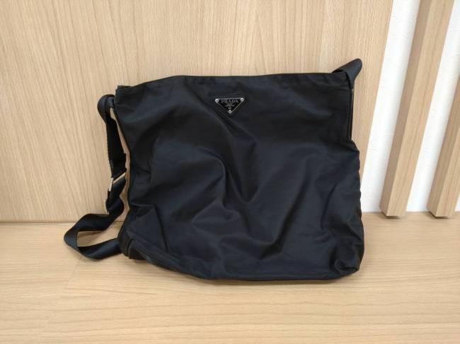 プラダ・ナイロン・ショルダーバッグを買取|横浜|東白楽店
