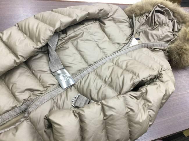 モンクレール・タヌキ・ファー・ダウンジャケットを買取|東京|葛西店