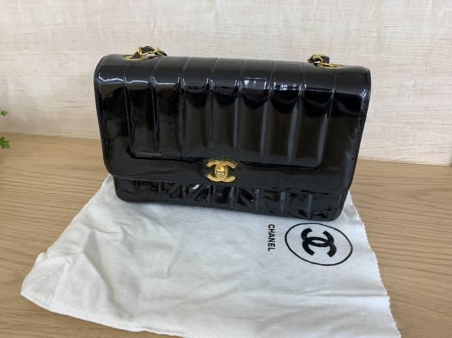 シャネル・エナメル・マドモワゼル・チェーンショルダーバッグを買取|京都|京都西院店