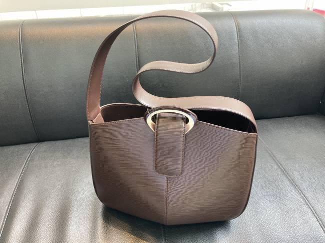 ルイヴィトン・エピレヴリ・ノワール・M52162を買取 越谷 南越谷店