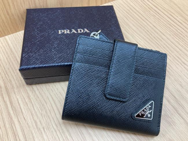 プラダ・サフィアーノ・コンパクト財布を買取|梅田|尼崎店