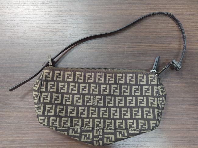 フェンディ・ズッキーノ・ミニショルダーバッグを買取|神戸|新長田店