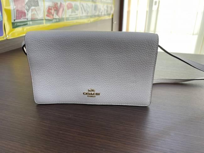 コーチ・レザー・ショルダーバッグを買取 名古屋 名古屋西店