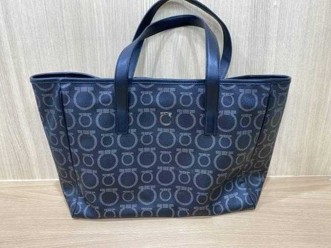 フェラガモ・トートバッグを買取 東京・港区 麻布十番店