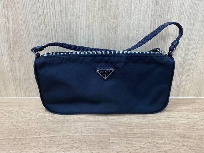 プラダ・ハンドバッグを買取|東京・港区|麻布十番店