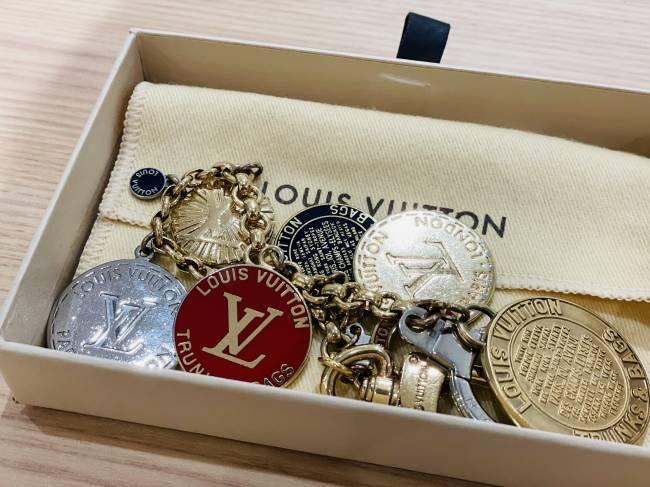 ルイヴィトン・メダルロゴ・キーチャーム・キーリングを買取 東京・台東区 上野マルイ店