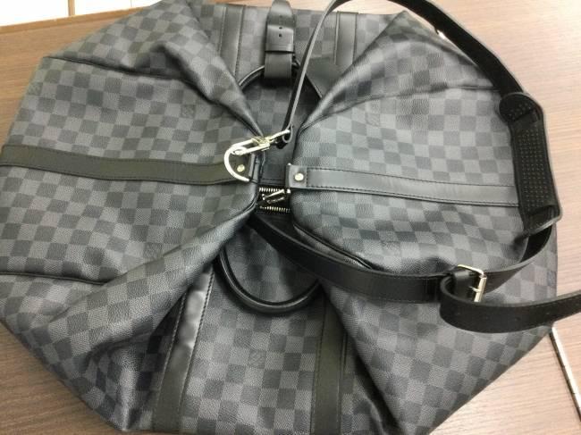 ルイヴィトン・グラフィット・キーポルバンドリエール・バッグを買取|東京|葛西店