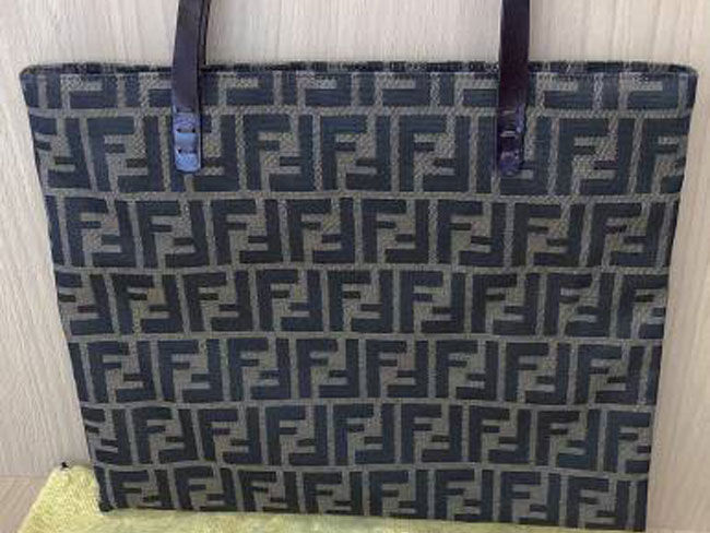 フェンディ・ズッカ柄・ショルダーバッグを買取|奈良|学園前登美ヶ丘店