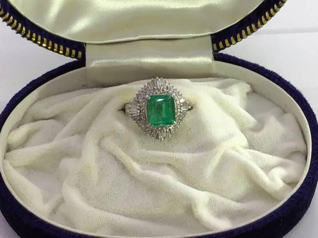 エメラルド・ダイヤリング・3ctを買取|名古屋|名古屋中村店