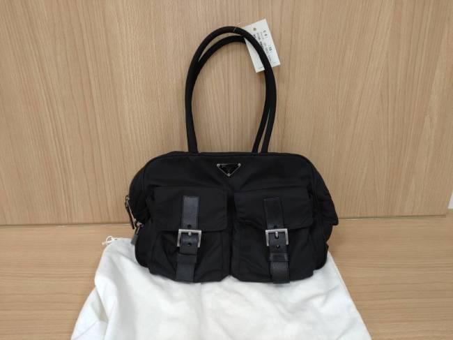 プラダ・ナイロン・トート・2ポケットを買取|横浜|東白楽店